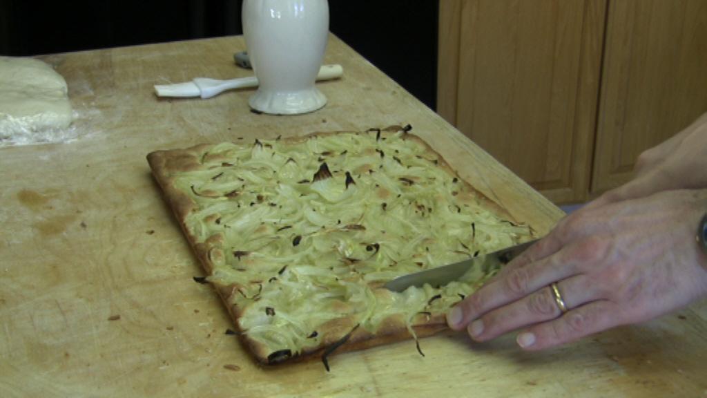 focaccia genovese con cipolla cotta