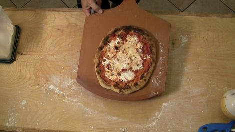 Pizza 5 Mimnuti Giorno.00_05_44_04.Still071