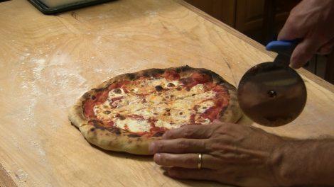 Pizza 5 Mimnuti Giorno.00_05_55_27.Still072
