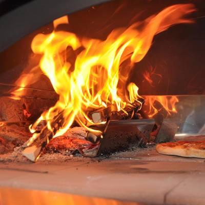 Video Ricetta Pizza nel Forno a Legna - Le Ricette di VivaLaFocaccia