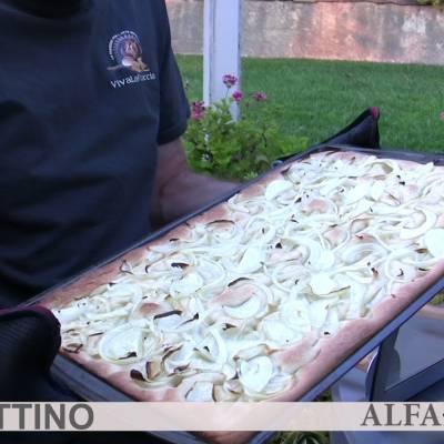 focaccia genovese cotta nel forno a legna Duettino
